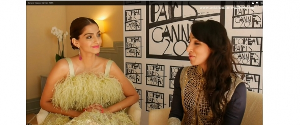 Sonam Kapoor Cannes 2015 (video)