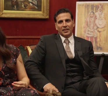 Akshay Kumar & Bhumi Pednekar interview about new film 'Toilet: Ek Prem Katha' ('Toilet: A Love Story')